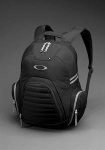 Mochila Oakley Peak Load Pack Preta