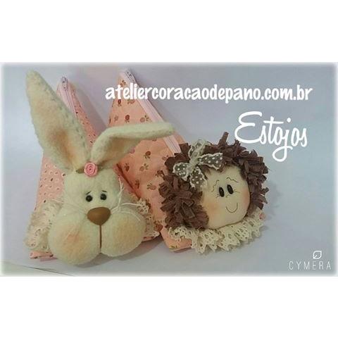 PROJETO Estojo Menina e Coelho