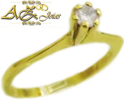 Anel solitário em ouro 18k - AN035