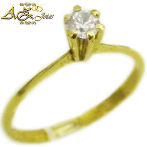 Anel solitário em ouro 18k - AN037