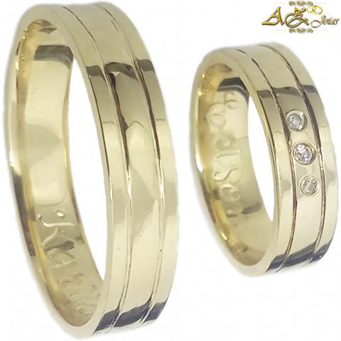 Par de alianças com friso em ouro 18K - AL008b