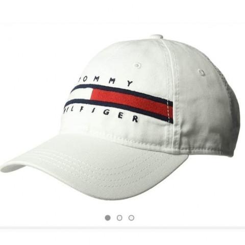 Boné TOMMY HILFIGER - Tamanho 4/5 anos. R$ 129,90 logo branco