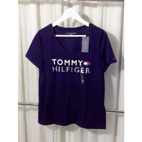 Camiseta Tommy Hilfiger Feminina - M medio - R$ 129,90