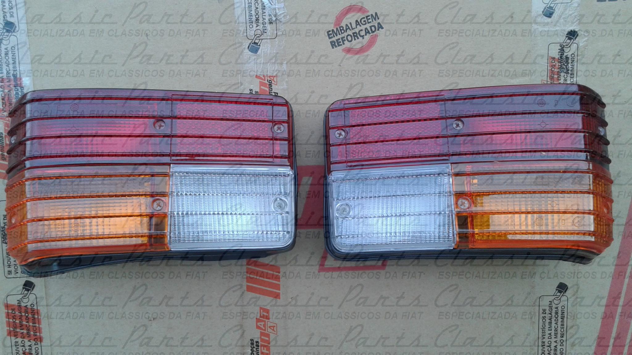 PAR LANTERNA TRASEIRA TRICOLOR COMPLETA FIAT 147