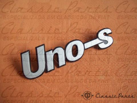 EMBLEMA - < UNO S > - FIAT UNO 84/...