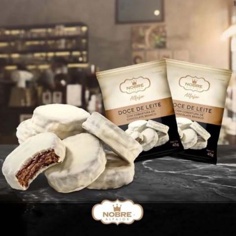 Alfajor de Doce de Leite com Cobertura de Chocolate Branco