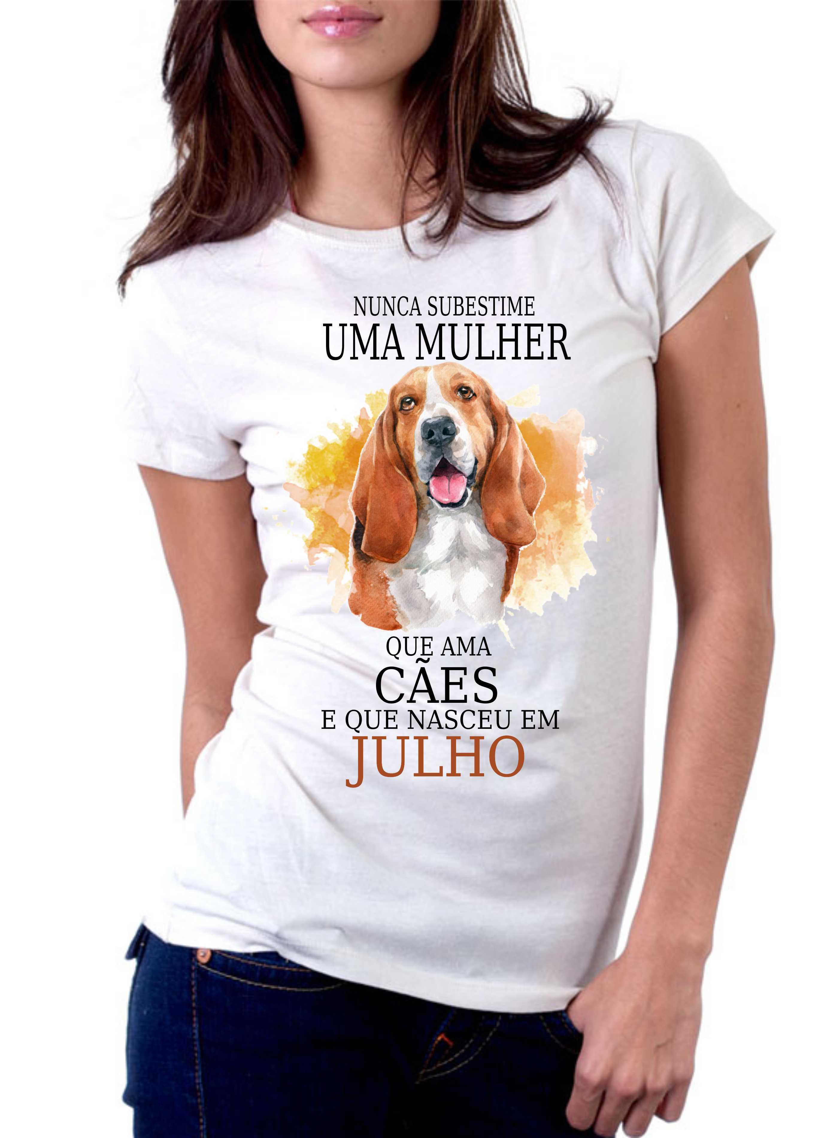 Camsieta Nunca subestime uma mulher que ama cães