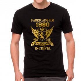 Camiseta Personalizada Preta Fabricado Incrível Dourada - Escolha o Ano e Idade