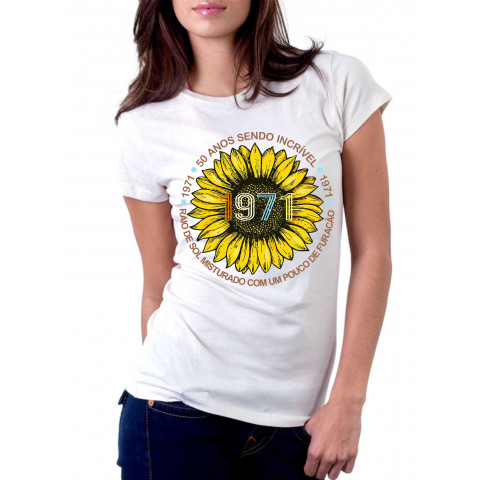Camiseta Personalizada Raio de Sol Misturado Com Um Pouco De Furacão