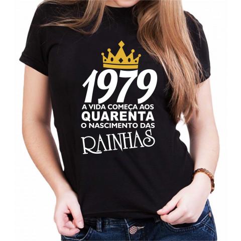 Camiseta Feminina Preta O Nascimento das Rainhas - Escolha o ANO