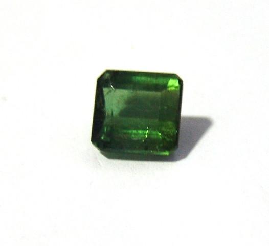 Turmalina Verde - Retangular Facetada 10x9 mm