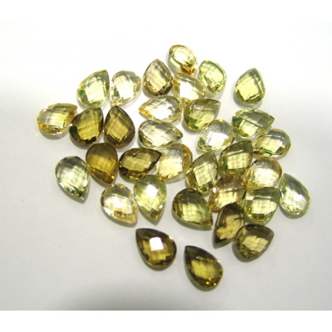Green  gold  Gota Briolet 13.50x9.50  mm