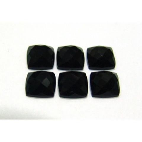 Quartzo Black Antique Facetada 10x10 mm