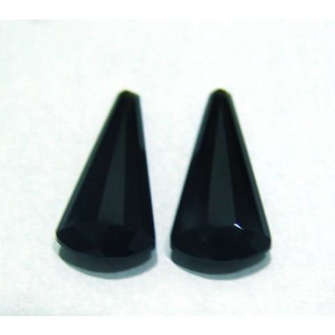 Quartzo Black Gota Facetada Par com meio furo no Topo 26x12 mm
