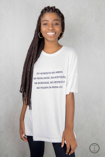 CAMISETA GIRL POWER ACREDITO NO AMOR