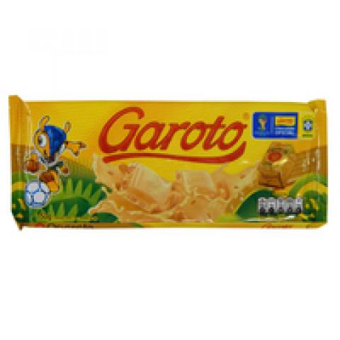 CHOCOLATE OPERETA BRANCO COM CASTANHA DE CAJU GAROTO BARRA 100g