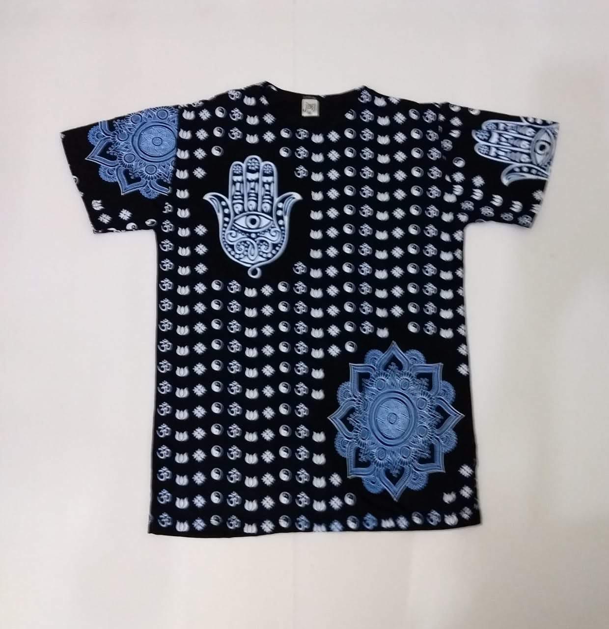 JA003 - Camiseta Preta (Mandala c/ Hamsa)