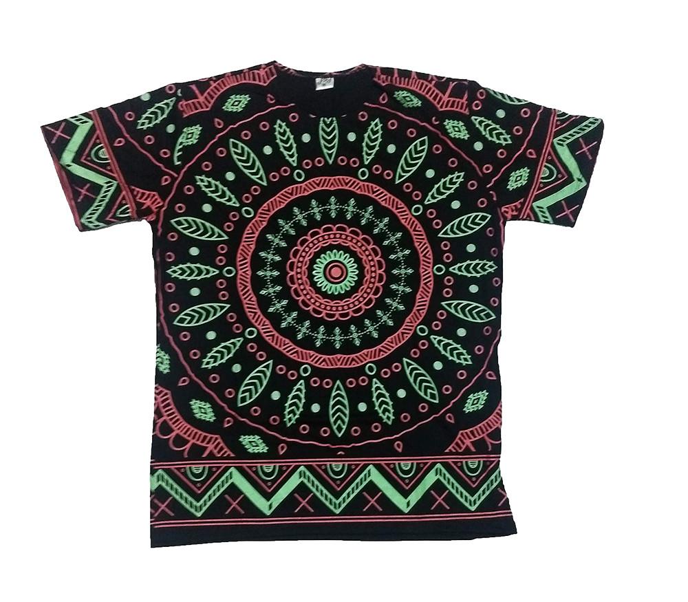 JA147 - Camiseta Preta (Circulo c/ Folhas)