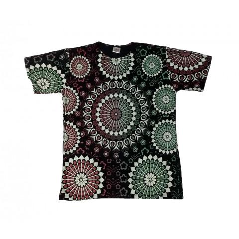 JA079 - Camiseta Preta (Mandalas Coloridas)