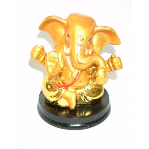 CPA040079101 - Ganesh (PP) Dourado