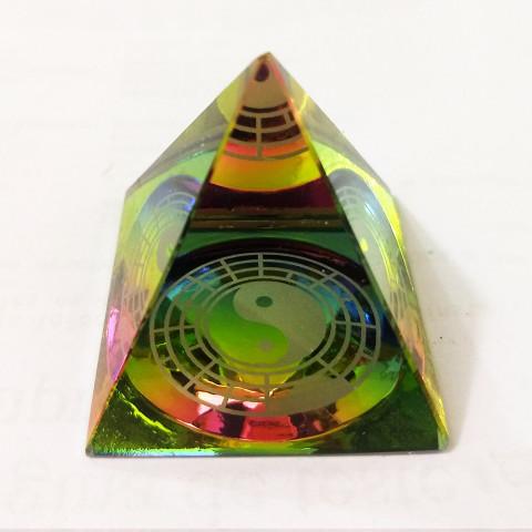 DEC117-291 - Pirâmide de Vidro Cristalizado c/ Yin Yang