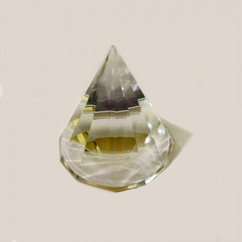 DEC117-796  - Pirâmide de Vidro Cristalizado Multifacetada