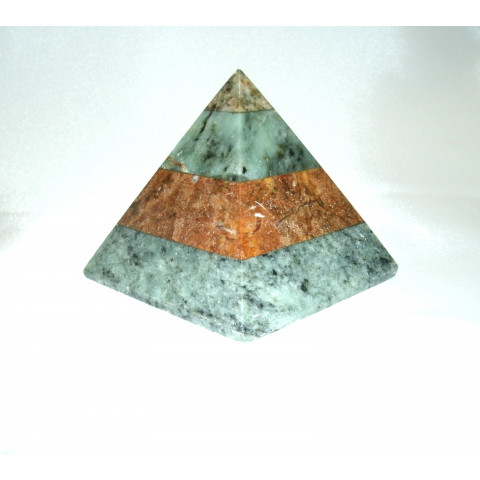FA004-02 - Pirâmide Pedra Sabão (M)