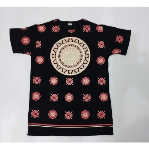 JA009 - Camiseta Preta (Mandala c/ Trevo)