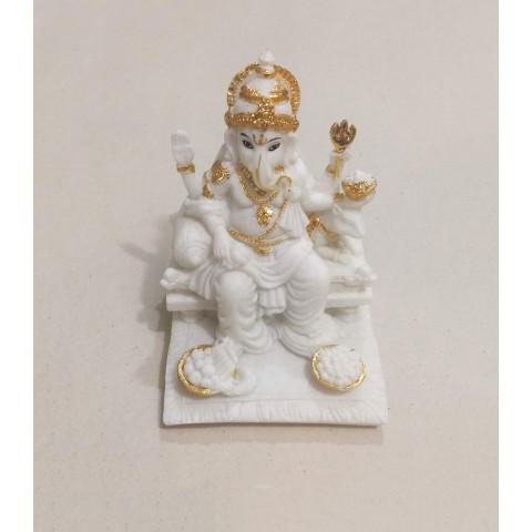 CPB040494607 - Ganesh 2018-44A Branco/Dourado