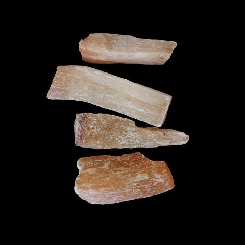 0550 Cristal Bruto - Selenita Laranja