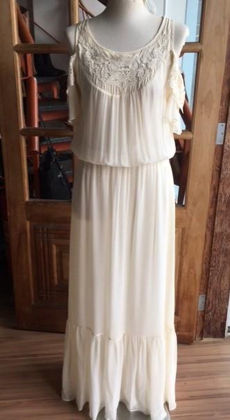 Vestido Ateen seda off wite T: 40