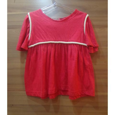 Blusa  Fábula vermelha T: 6 anos