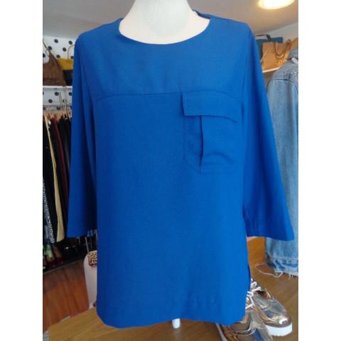 Camisa Lacoste azul BIC, tamanho 42