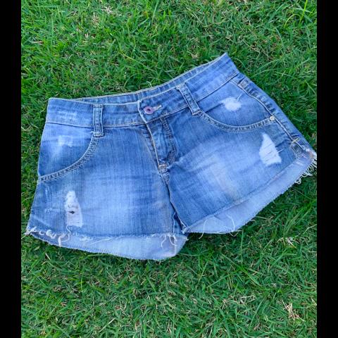 Short Jeans BISI infantil, P veste 8 anos