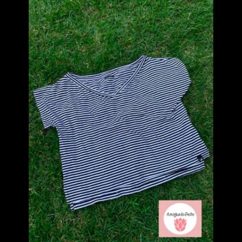 Camiseta BISITEEN, P veste 8-10 anos) Doado por Renata Capucci
