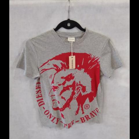 Camiseta Diesel 10 anos NOVA com etiqueta