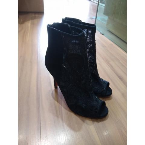 Sapato Le Lis Blanc N 37