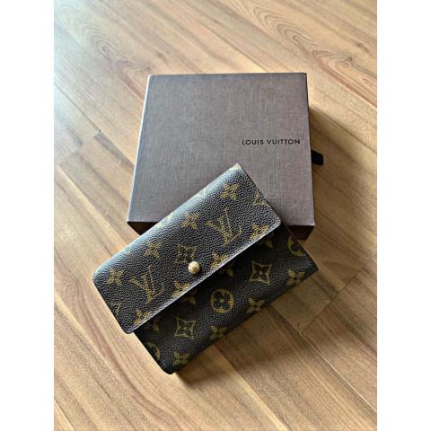 Carteira Louis Vuitton  monograma