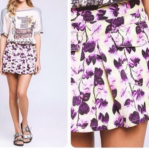 Saia Espaço Fashion tamanho 42- super nova - #cool