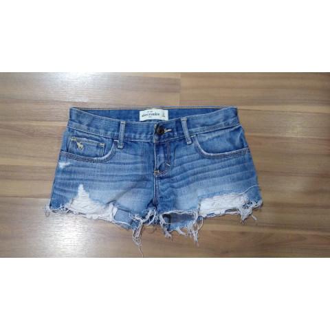 Short Jeans Abercrombie tam:14 Anos