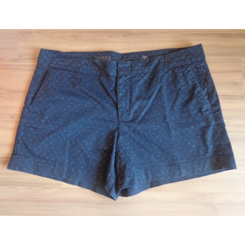 Short Tommy T: 46