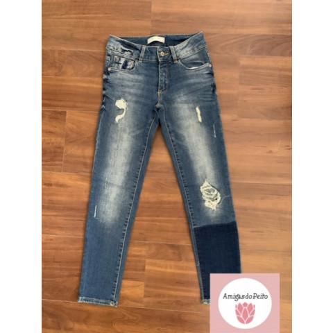 Calça jeans Zara T: 8 anos Doado por Tati Carvalho