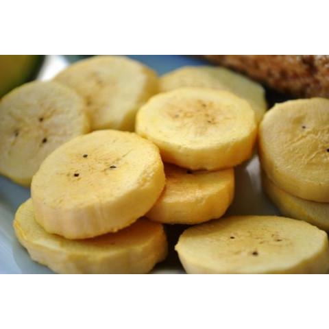 Banana crua em rodela