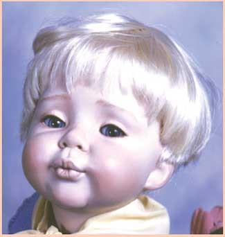 Peruca sintética  Dutch boy -castanho claro- 8-9