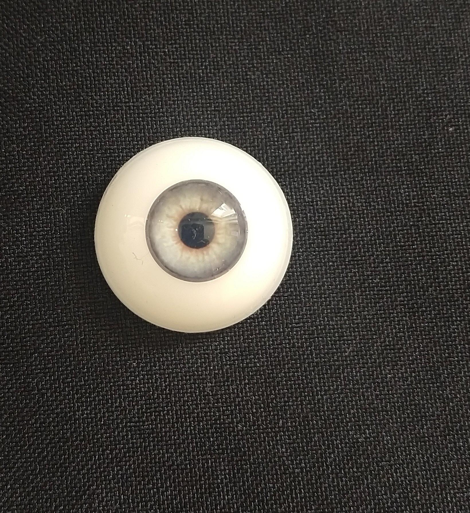 Olhos em Silicone Eyeco Platinum Cor Smokey Topaz -19mm