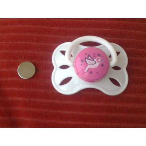 Chupeta com ima colado-Branca Com miolo rosa