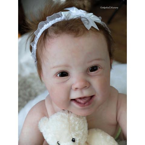 Kenzie 10 meses- com toros superior - fica como engatinhando ULTIMOS KITS