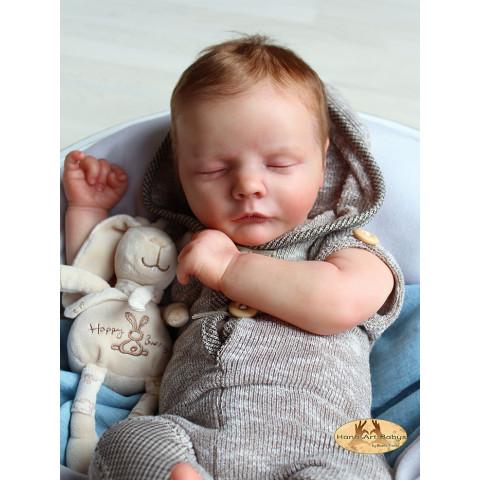 Reese Asleep ( dormindo)