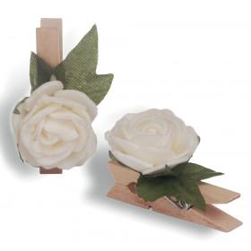 Pregador Floral Rosa - Cor Branca