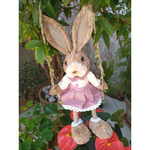 Coelha no Balanço